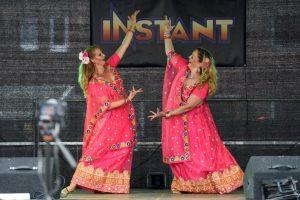 Andrea und Asita Bollywood Nachbarschaftsfest 2017
