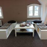 Unsere Gemütliche Sitzecke, um auch vor und nach dem Unterricht soziale Kontakte zu pflegen.
